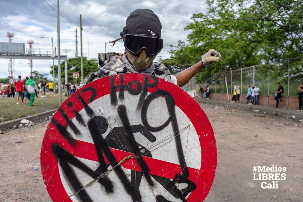 Тактика «щита» сыграла решающую роль в защите от нападений полиции после всеобщей забастовки 2019 года.
